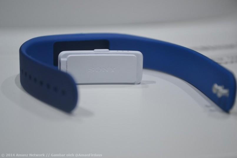 Sony SmartBand Disenaraikan Untuk Pasaran Malaysia Pada Harga RM399