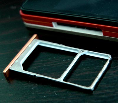 Lenovo-Viibe-X2-Pro-sim-tray