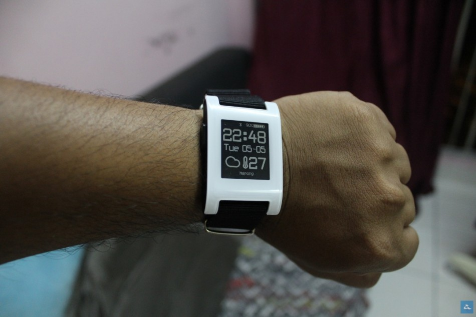 Pebble Smart watch -IMG_0070