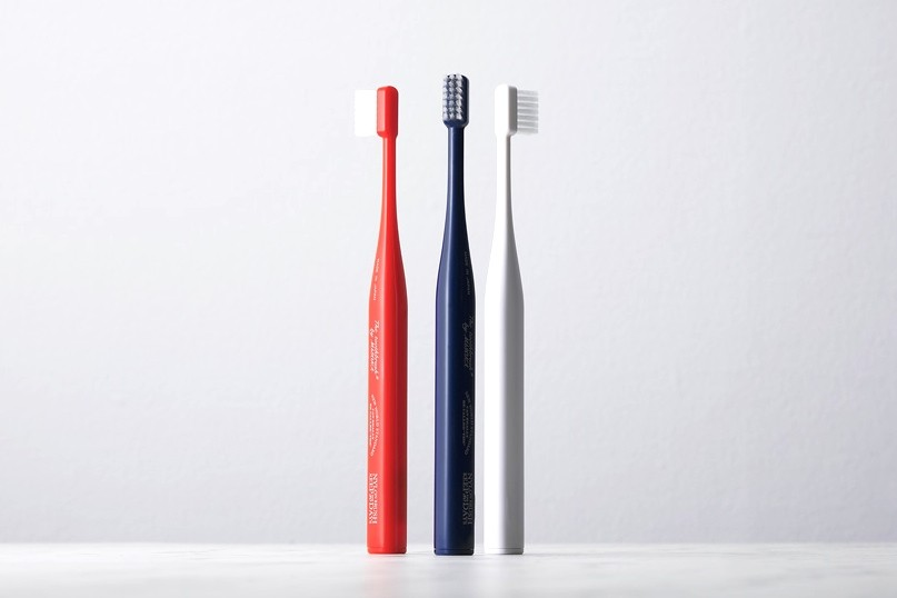 THE-tooth-brush_01