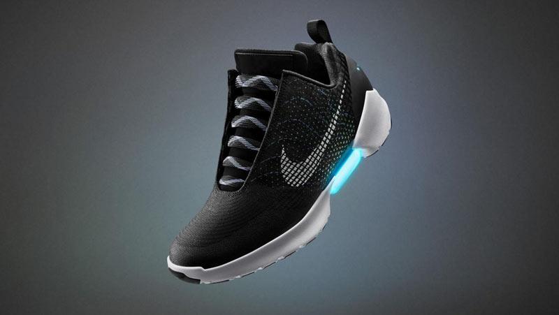 Nike Bakal Memasarkan Kasut Yang Mengikat Dengan Sendiri Pada Bulan November 2016