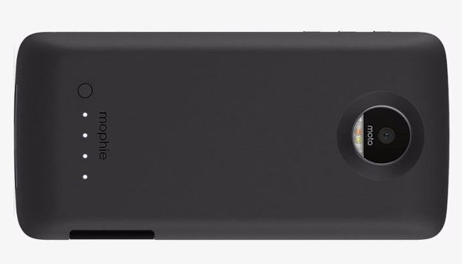 mophie-juice-pack-moto-mods-2