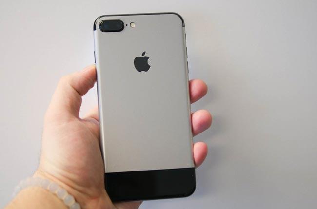 Pelekat Mengubah iPhone 7 Menjadi Seperti iPhone Generasi Pertama Kini Boleh Dimiliki
