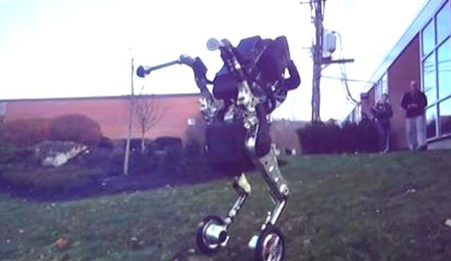 Boston Dynamics Memperlihatkan Robot Beroda Yang Mampu Melompat Seakan Metal Gear MK.II