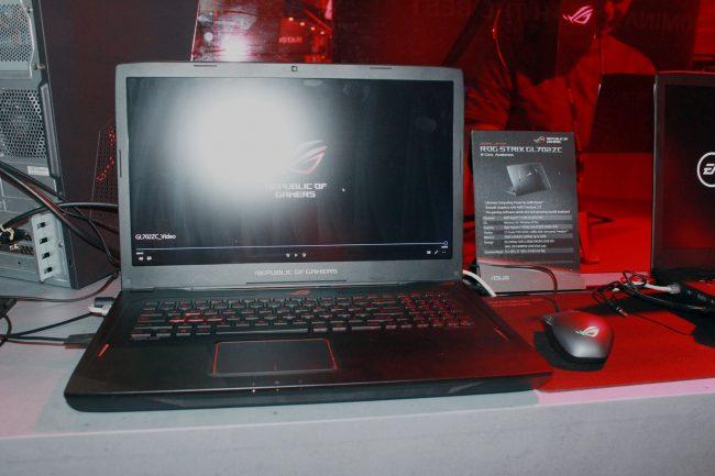 ASUS ROG STRIX GL702ZC – Gaming Laptop Pertama Menggunakan CPU AMD Ryzen