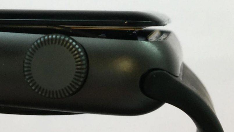 Saman Difailkan Ke Atas Apple Kerana Masalah Skrin Apple Watch Yang Tertanggal Secara Rawak