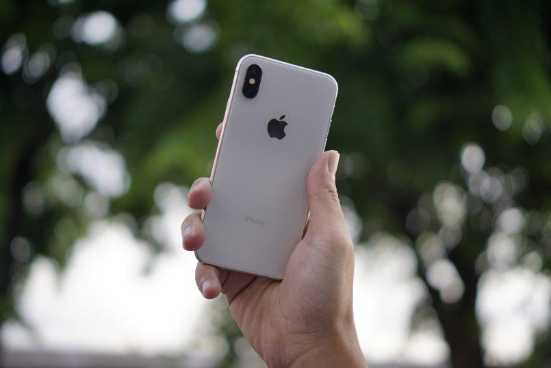 """Apple Mungkin Hadir Dengan iPhone """"Boleh-Lipat"""" Dalam Beberapa Tahun Lagi"""
