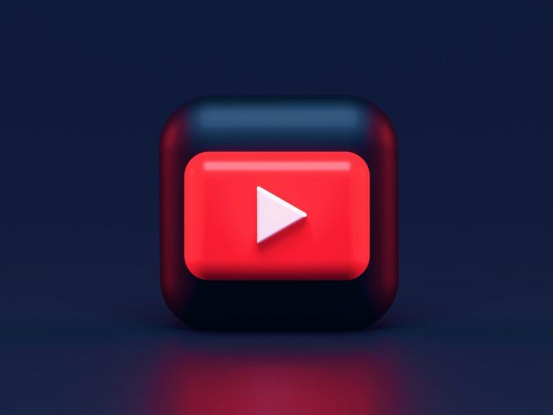YouTube Menguji Ciri Mengalih Bahasa Tajuk Dan Deskripsi Video Secara Automatik
