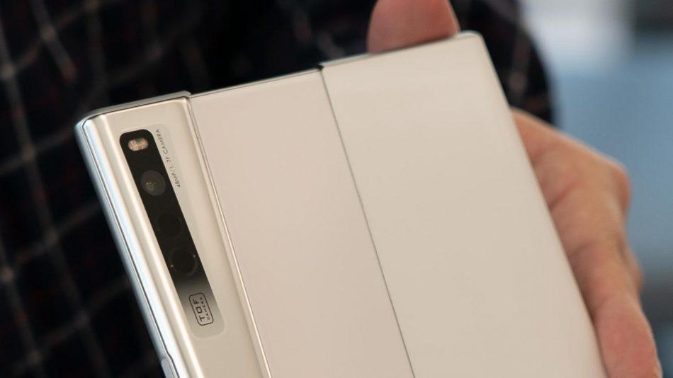 Pandang Pertama Oppo X 2021 – Menjawab Mengapa Ia Masih Lagi Prototaip – Amanz 8