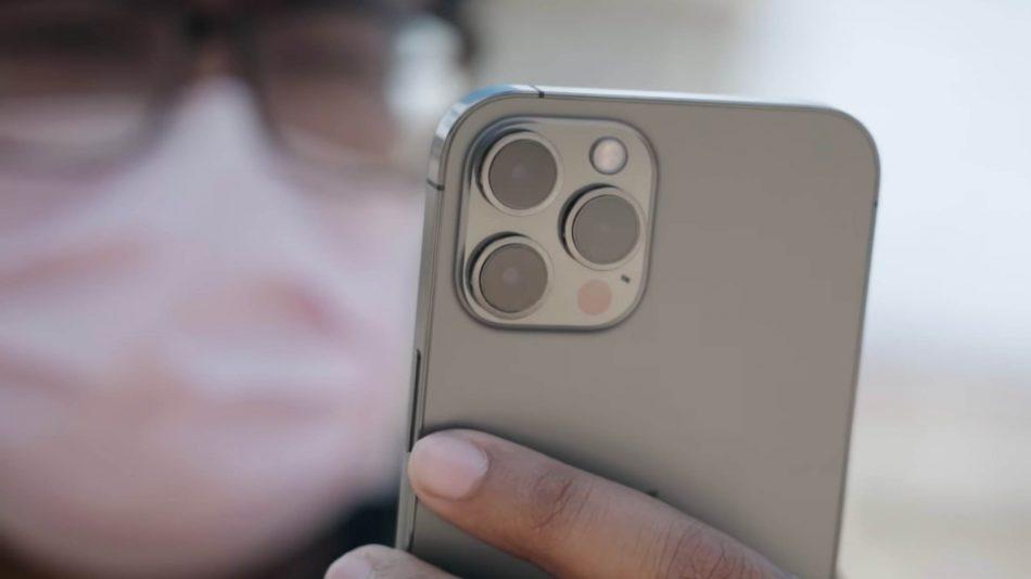 (Ura-Ura) iPhone 13 Dikatakan Boleh Mengecam Wajah, Walau Memakai Pelitup Muka